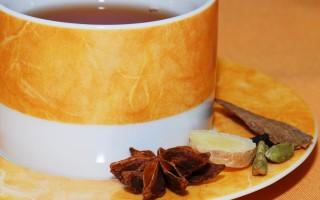 Home Cold Remedy: Ginger & Honey Tea